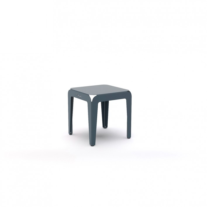 Bended Stool Outdoor