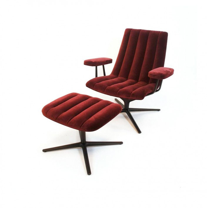 Healey Sessel mit Fusshocker - Ausstellungsstück