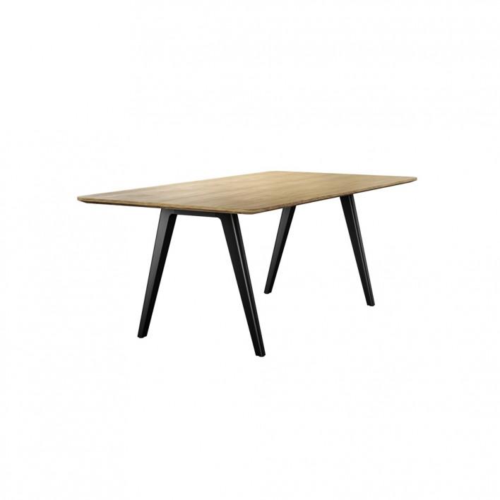 Tisch 1500