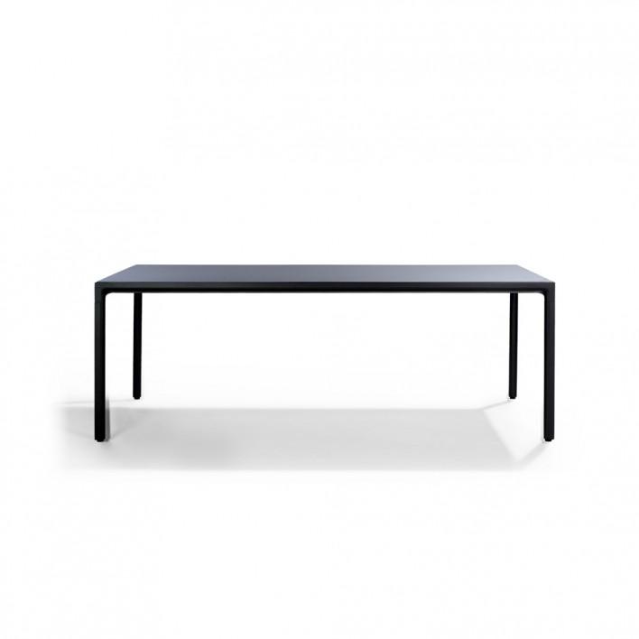 Illum Tisch