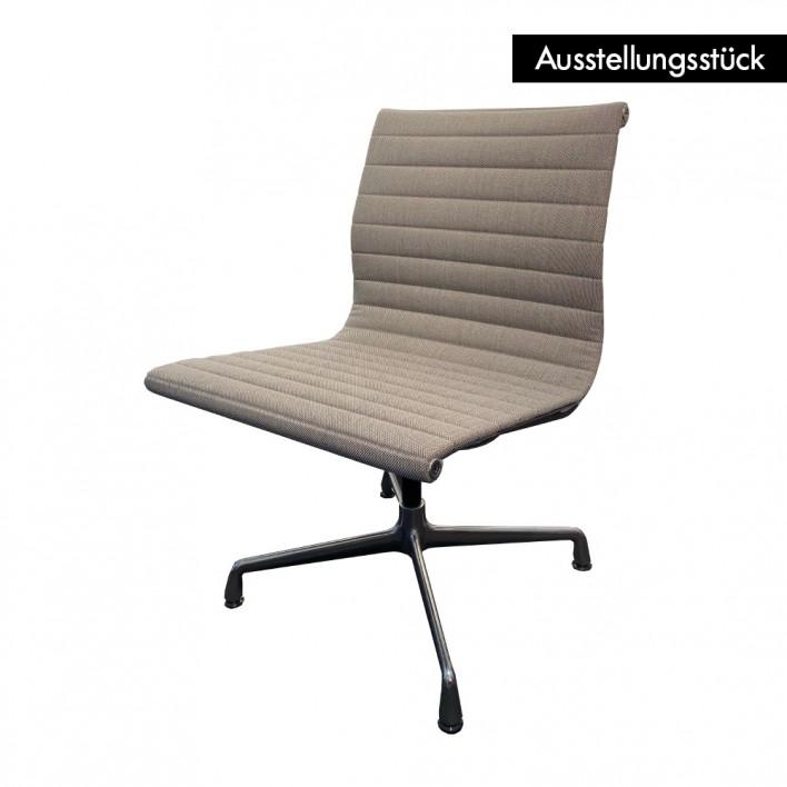 Alu Chair EA 105 cream - Ausstellungsstück