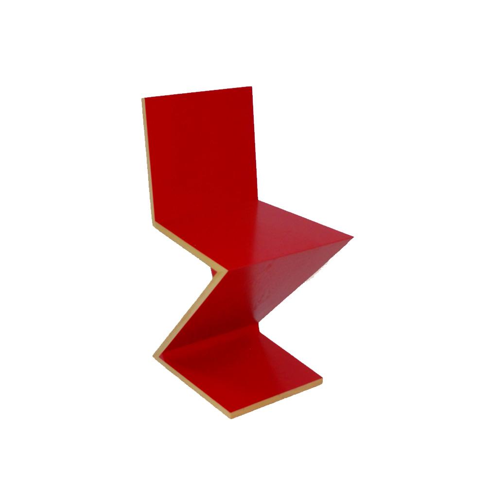 Zig zag stuhl in rot von cassina ausstellungsst cke for Design stuhl zig zag