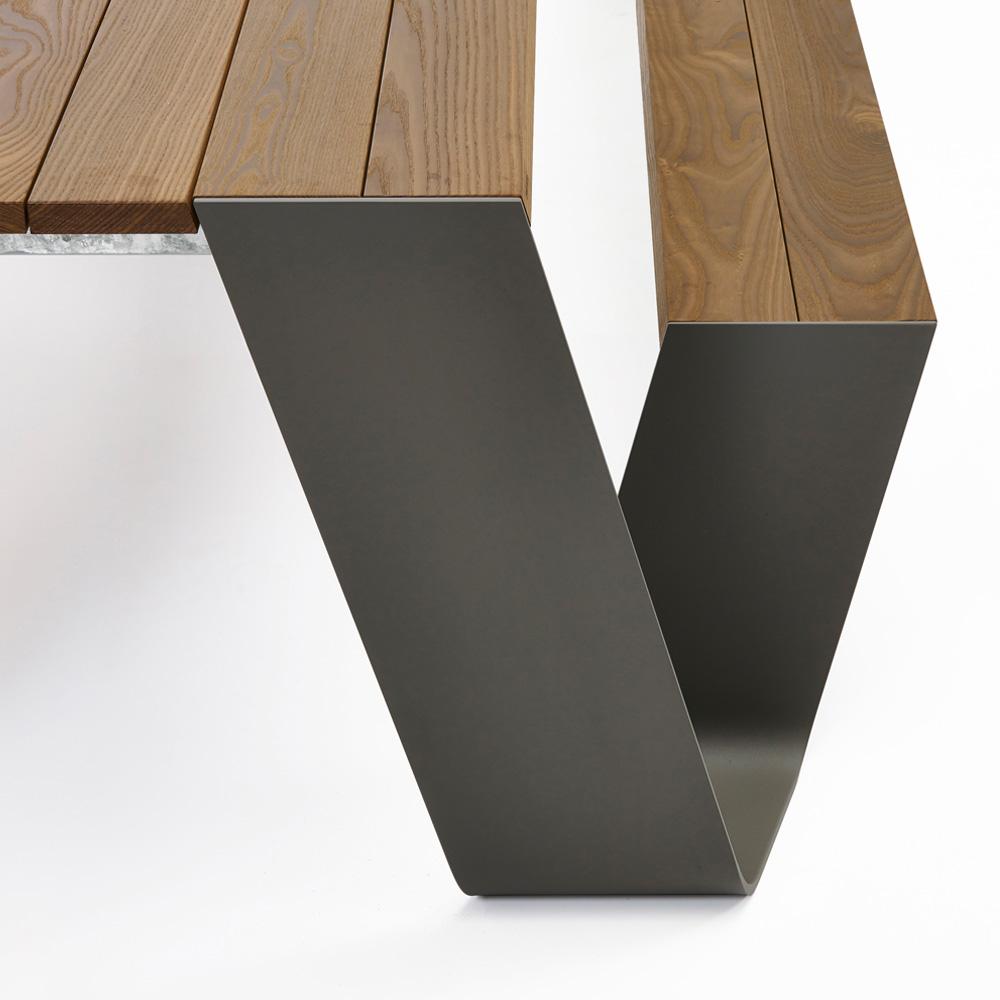 hopper gartentisch bank von extremis stoll online shop. Black Bedroom Furniture Sets. Home Design Ideas