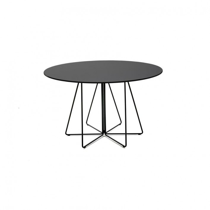 Paperclip Table Outdoor